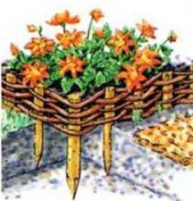 Принцип плетения садовых ограждений