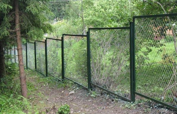 забор с уступами